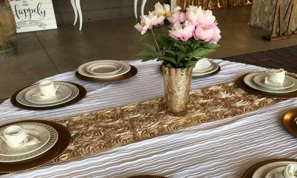 Champagne Rosette Table Runners (24)
