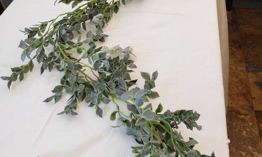 Greygreen Small Leaf Garland (20)